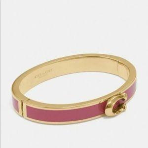 NWT Coach bracelet Enamel C logo brackets sz S